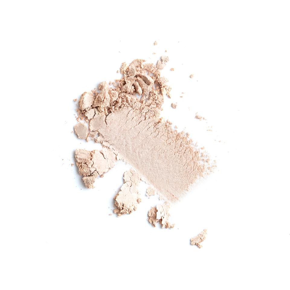 iamklean compact eyeshadow smudge clean websize witte achtergrond